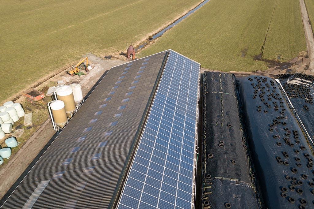 zonnepanelen, omvormers, montagemateriaal, zonnedesk, energiecontract, zonnesysteem, dalfsen, overijssel, zonne-energie, zonnepanelen op dak, subsidie